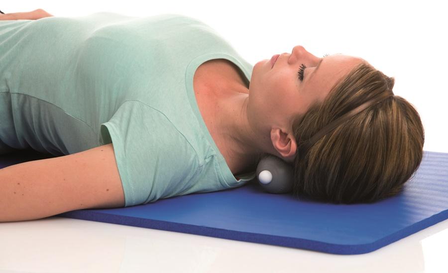 Lăn massage cổ, hỗ trợ điều trị mỏi lưng vai gáy cổ.